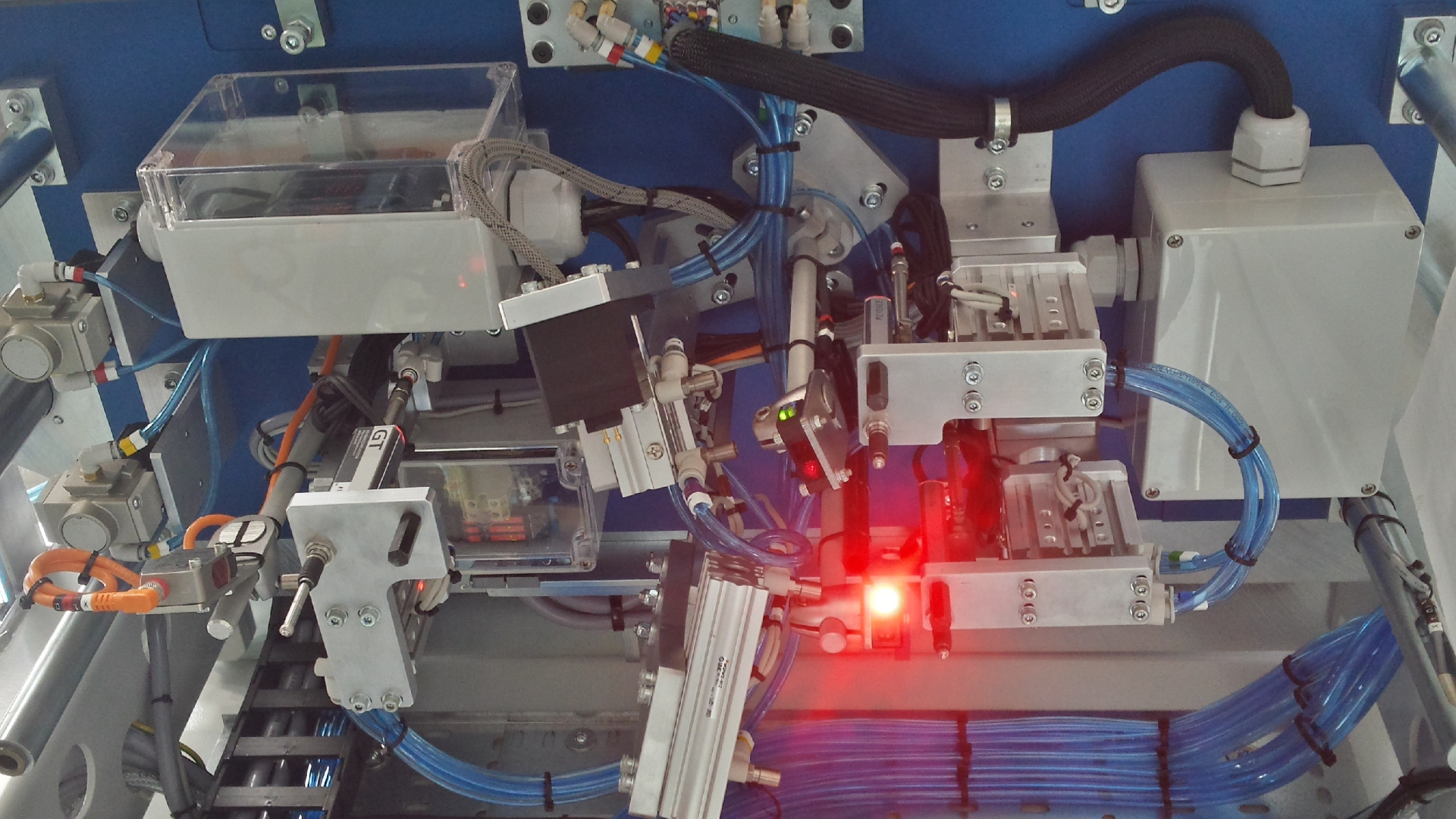 test-bench-assembly-automation